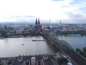 Köln für 2 ~ 4 Tage am Rhein