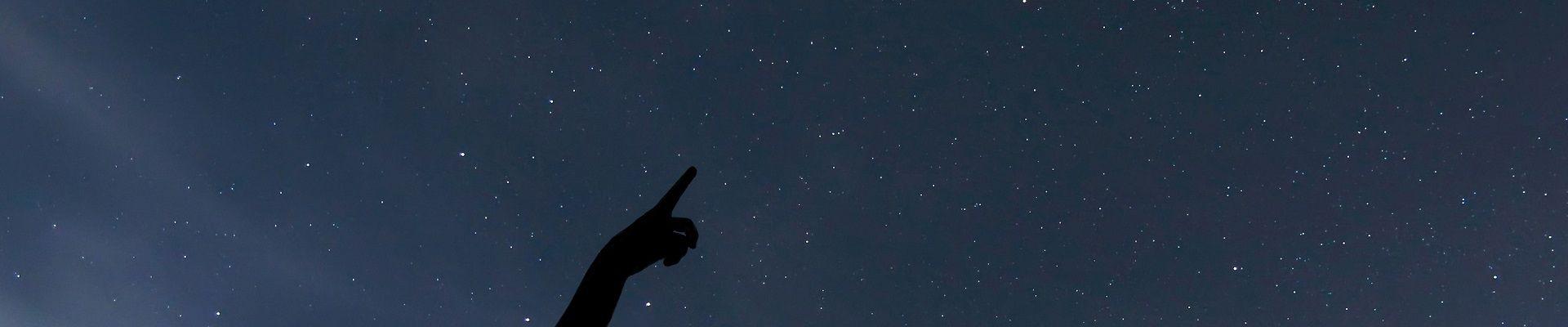 Sobald man eine Sternschnuppe entdeckt, darf man sich etwas wünschen. ©kmw.de
